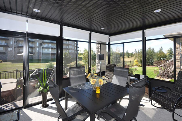 Solarium vs. Sunroom – What's Best for Your Home?